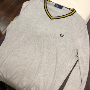 Fred Perry Sweaters   100 Wool Gray Vneck Sweater C466